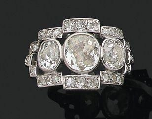 BAGUE «ART-DÉCO» Diamants taille ancienne,...