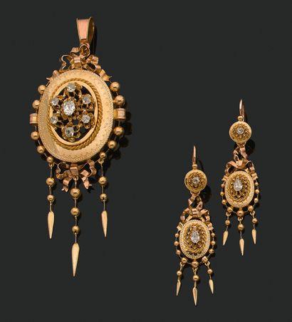 PARURE «NAPOLÉON III» Bracelet, pendentif-broche et paire de pendants d'oreilles...
