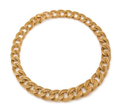 FRED PARURE «PAILETTE» Collier et bracelet Or jaune 18k (750) Signés - Poinçon George...