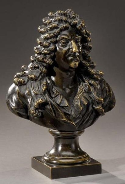 Petit buste en bronze ciselé et patiné, figurant Racine XIXe siècle Sur une base...