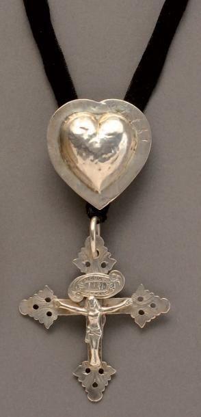 Croix de Savoie dite croix Jeannette en argent...