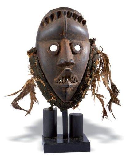 Dan. (Côte-d'Ivoire) Ancien masque anthropomorphe...