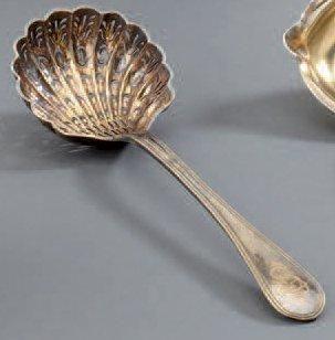 Cuillère à sucre en vermeil à spatule inversée,...