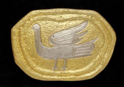 Georges BRAQUE (1882-1963) - d'après Médaillon en plâtre doré et argenté représentant...