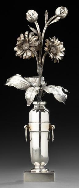 Bouquet en argent traité au naturel dans...