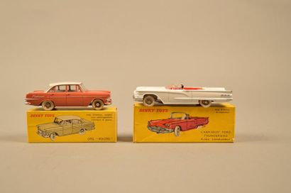 DINKY TOYS Ensemble de deux véhicules dans leurs boîtes comprenant: - Opel Rekord,...