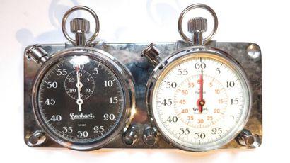 Ensemble de chronomètres rallye de marque...