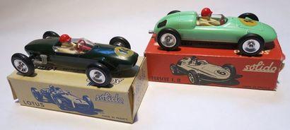SOLIDO Ensemble de 2 voitures dans leur boîte comprenant une Porsche Formule 2, une...