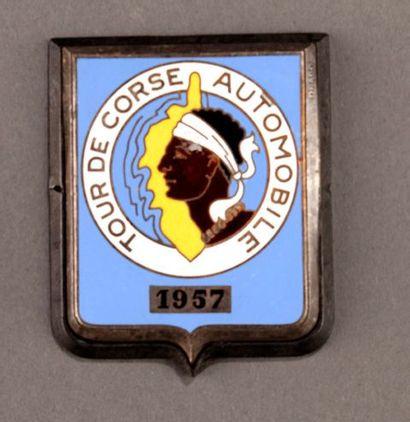 Badge rallye automobile Tour de Corse 1957...