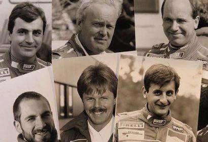 Ensemble de 8 photos du team Toyota pilotes...