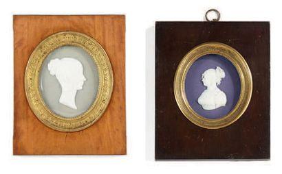 Deux bustes en biscuit figurant le portrait...