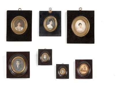 Important ensemble de sept miniatures figurant...