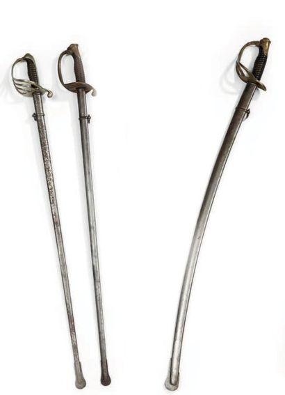 Un sabre d'officier de cavalerie légère modèle...