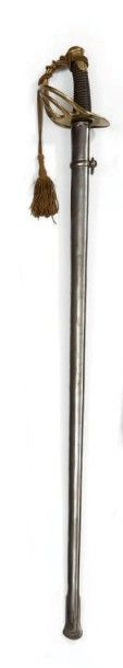 Sabre de grosse cavalerie modèle 1854/82; fourreau de fer à un seul bracelet de...