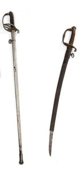 Un sabre d'officier modèle 1821, fourreau...