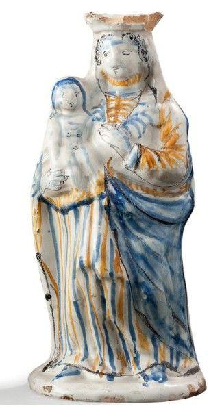 Vierge en faïence polychrome de Nevers XVIIIème...