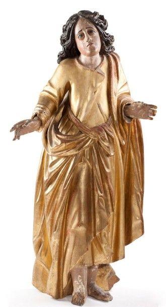 Statue en bois sculpté, doré et laqué à décor...