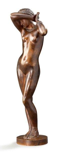 Falguière Belle statuette en bronze ciselé à patine mordorée représentant une Vénus...