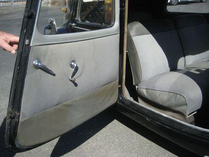 1952 - Citroën Traction 11 BL «La voiture qui révolutionna le monde de l'automobile»...