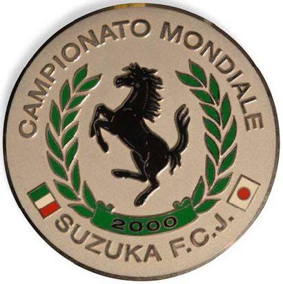 Lot de six plaques de Clubs Ferrari