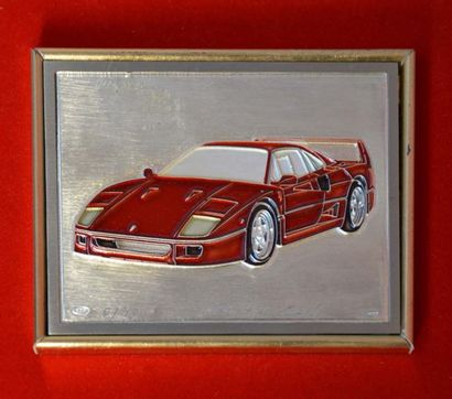 Plaque en argent représentant la Ferrari...