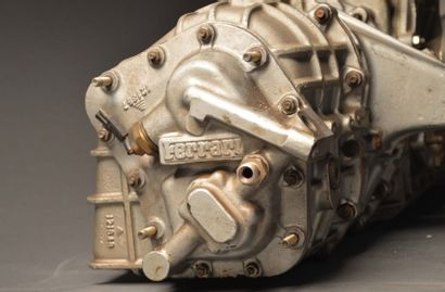 Boîte de vitesse de Ferrari F40 référence...