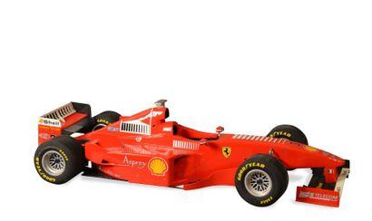 FERRARI F399 v Par S.P.O.R.T.S. EUROPE. Formule 1 Ferrari année 1999 de Michael Schumacher...