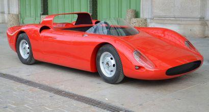 Mini Ferrari représentant une 330 P2 rouge...