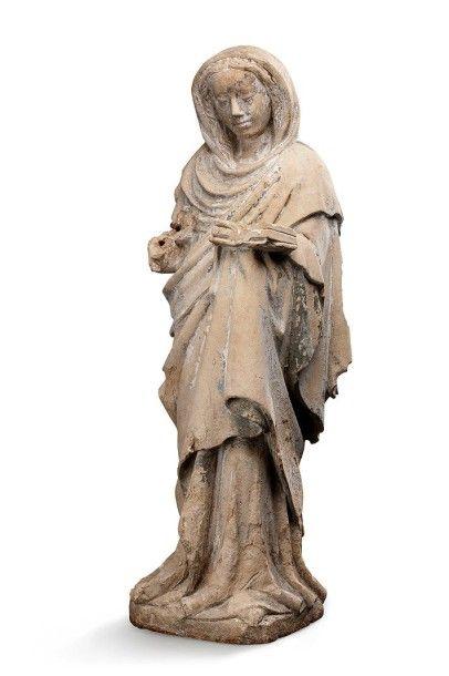 Ecole FRANCAISE du XVème siècle Sculpture en pierre calcaire en ronde bosse représentant...