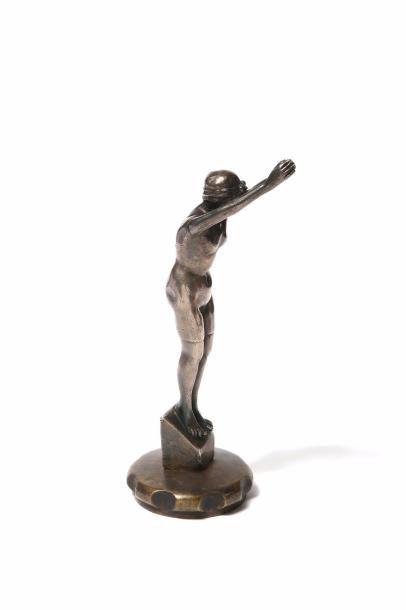 Plongeuse à Deauville, Art deco Bronze argenté...