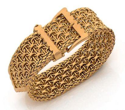 """Bracelet """"ceinture"""" en or jaune 18k (750) tressé. Pb: 121 gr"""