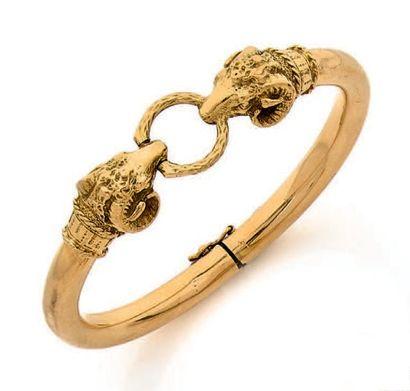 Bracelet jonc en or jaune 18k (750) formé...