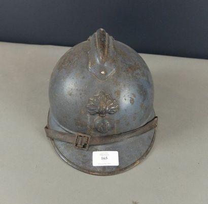 Casque d'Infanterie modèle 1915 dit Adrian,...