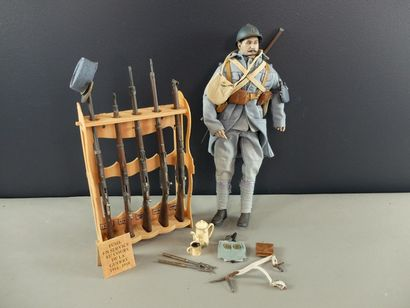Figurine articulée d'un poilu avec équipement...