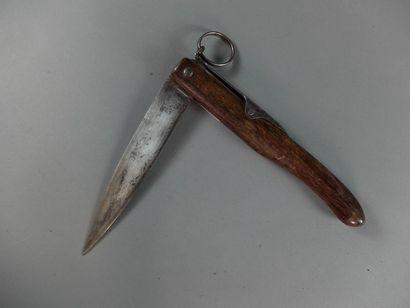 Couteau à cran d'arrêt, manche en bois, lame...