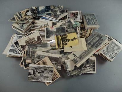 Lot de 1100 environ cartes postales militaires...