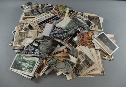 Lot de 1100 environ cartes postales dive...