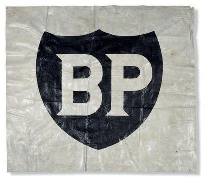 BP Grande bâche publicitaire provenant du...
