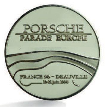 PORSCHE Badge de calandre de la Porsche Parade...