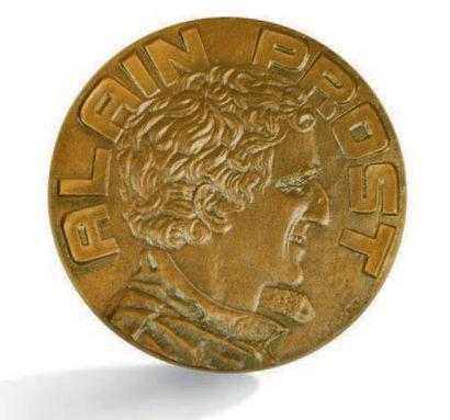 Alain PROST Médaille en bronze représentant le pilote et commémorant son titre de...