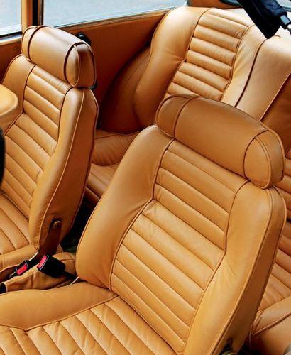 1976 - ALFA ROMEO GIULIA 2000 GTV «GULLWING» Châssis n°/Chassis n°: AR*3026794 Carte...