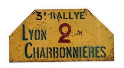 RALLYE LYON CHARBONNIERES Plaque de l'équipage...
