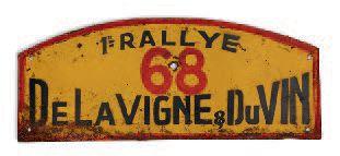 RALLYE DE LA VIGNE ET DU VIN Plaque de l'équipage 68 Edition 1956. Etat d'usage