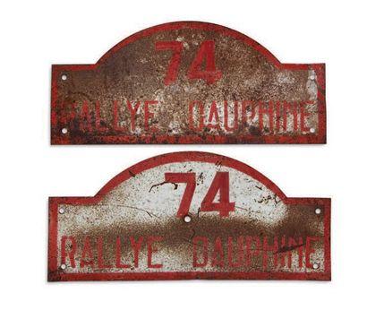 RALLYE DAUPHINE Paire de plaques de l'équipage 74 Circa 1950 Etat d'usage