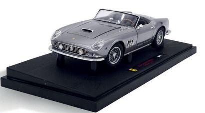 Bburago Lot de 9 Ferrari et 2 Lamborghini 1/18ème Bon état
