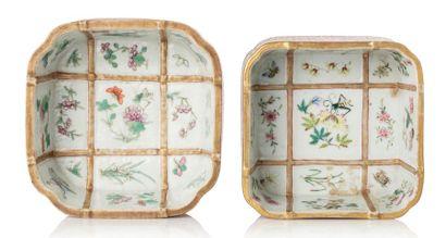 CHINE MARQUE ET ÉPOQUE DAOGUANG (1820-1850) Deux coupes quadrangulaires en porcelaine,...