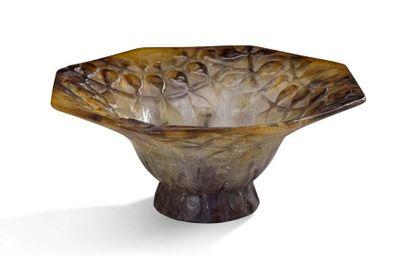 MOUGIN & GOOR Vase ovoide en grès à motifs de fleurs XXe siècle H: 28 cm
