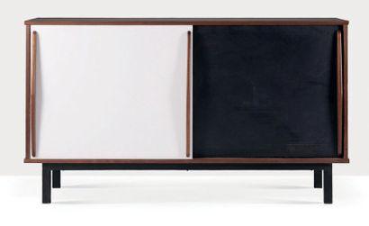 Charlotte PERRIAND (1903-1999) Bahut Placage d'acajou, formica, métal 91 x 156 x...