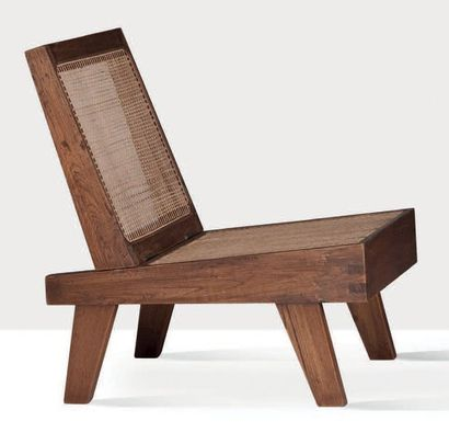 Pierre Jeanneret (1896-1967) Chauffeuse Sisso, moelle de rotin 73 x 53 x 66 cm. Circa...