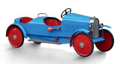 EUREKA Voiture à pédales en tôle biplace Modèle 28 tandem - 1930 Frappe à froid:...